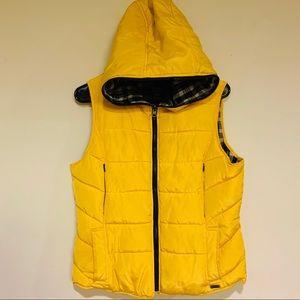 ZARA TRF Warm Wear Yellow Puffer Hooded Gilet Vest